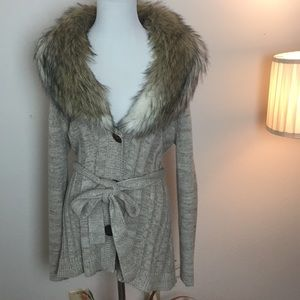 Chico's sweater with faux fur collar.   Xl